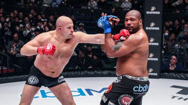 Poslední císař se vrací. Jeden z nejlepších MMA bojovníků všech dob oznámil návrat do boje