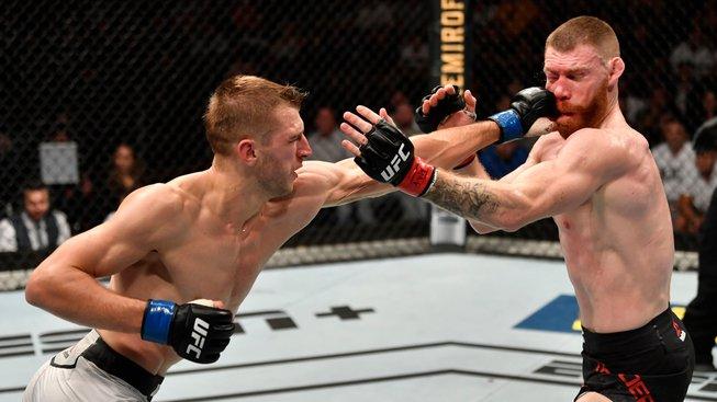 Pětikolová MMA bitva na Zélandu, Hooker zkrotil irského draka Paula Feldera