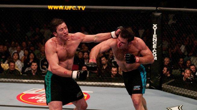Šílený zápas, který zachránil UFC před krachem: Griffin vs. Bonnar