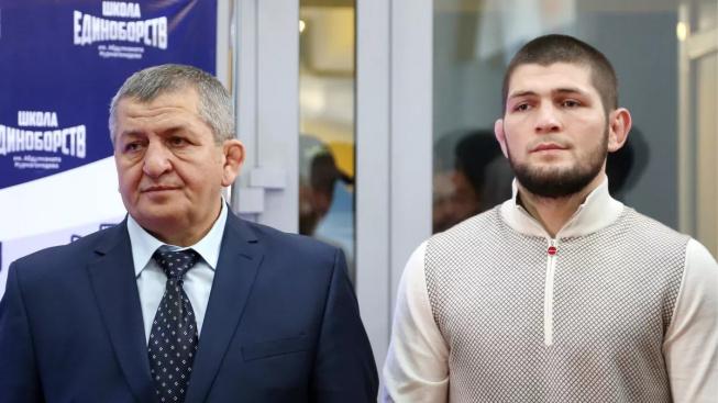 Khabibův otec je v kritickém stavu. Slova podpory vyjádřil i jeho největší rival, Conor McGregor