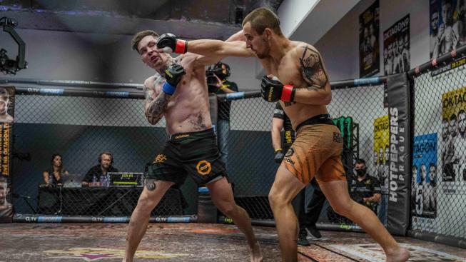 3 KO ze 4 zápasů, thaiboxeři ovládli českou stranu turnaje Oktagon Underground do 70 kg, co uvidíme příště?