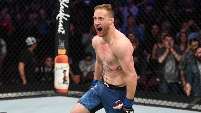 """""""Vždycky zbožňuju, když takový křikloun dostane KO,"""" rýpl si Gaethje do poraženého McGregora"""