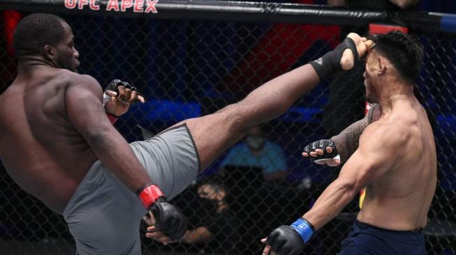 Reality show Dany Whitea nabídla rychlá KO, 4 bojovníci si vybojovali vstupenku do UFC