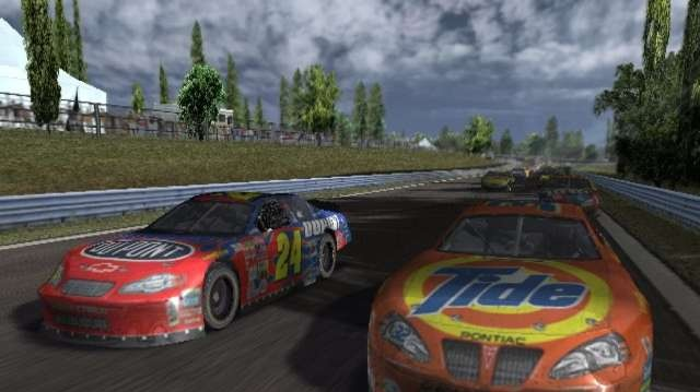 Oznámení závodů Nascar Thunder 2004