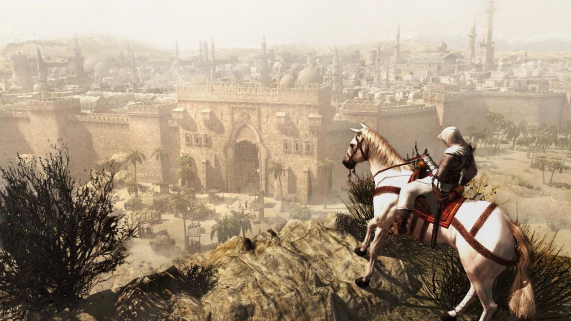 Vzpomínáme: První Assassin's Creed nám ukázal, jak hrát dějepis