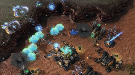 SCII: Heart of the Swarm vás chce líp vycvičit na multiplayer