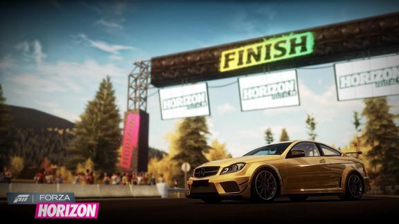 Forza Horizon se na odkaz série příliš neohlíží