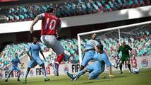 FIFA 14 bude zase víc o sdílení online, ale kariéra nezmizí