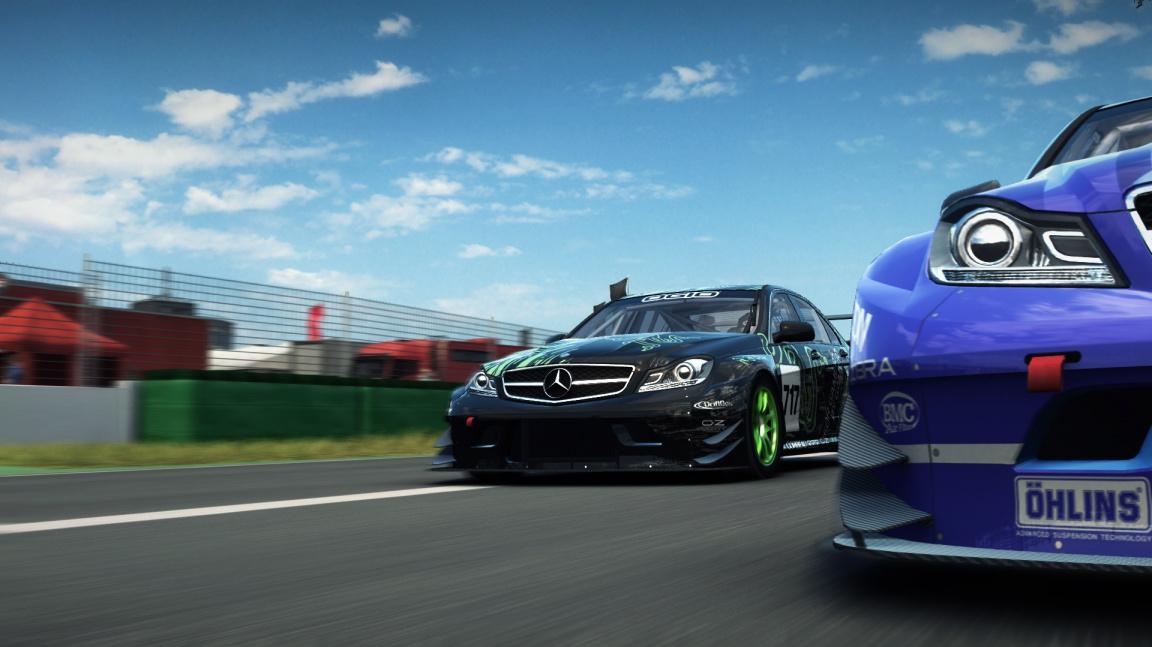 DLC pro GRID Autorsport mají podobu mini-datadisků a tematických balíčků s vozidly