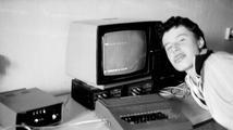 Volné chvíle s PMD 85: Jak vznikaly hry pro nejznámější československý osmibit