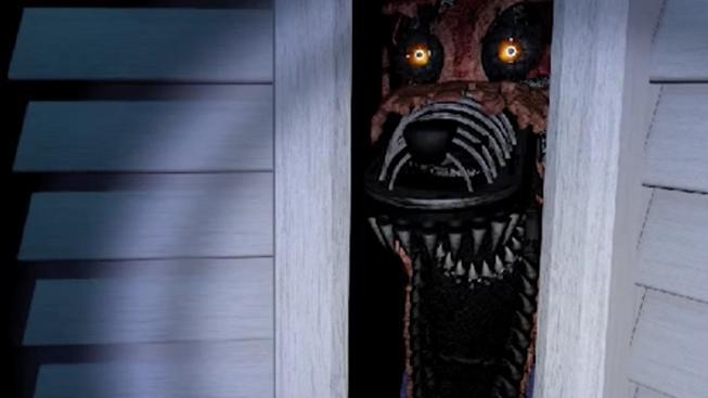 Podívejte se, jak se sedm puberťáků děsí k smrti u Five Nights at Freddy's 4