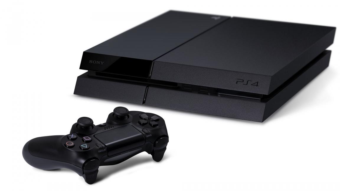 Doporučená cena PlayStation 4 v ČR a SR klesá na 9590 Kč a 350 euro