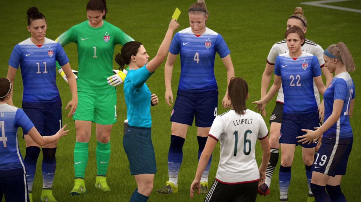FIFA 16 - recenze