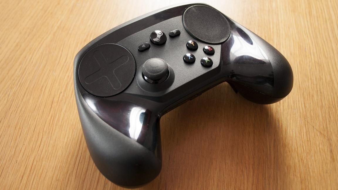 Týden hraní se Steam Controllerem - ovladačem na pomezí gamepadu a myši