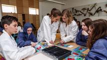 Děti jsou z výukových larpů nadšené, říká tvůrce vzdělávacích her
