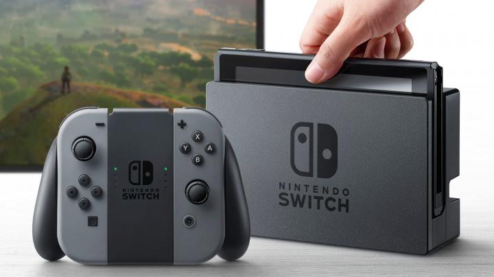 Switch láme prodejní rekordy, kraluje už 22 měsíců v řadě