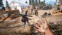 Záběry z hraní Far Cry 5 ukazují útok revolverem, letadlem i aportujícím psem