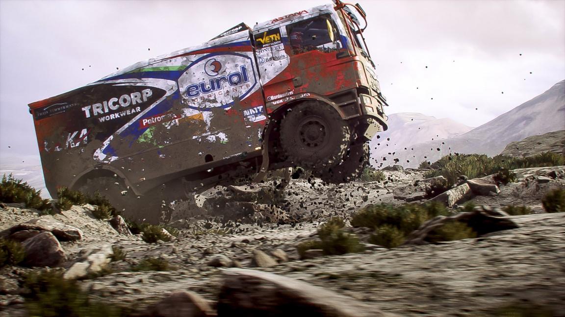 Slavná rallye Dakar se po 15 letech dočká další oficiální hry Dakar 18