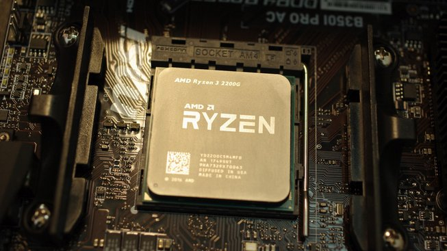 Testovací kit APU Ryzen 5 2400G a Ryzen 3 2200G