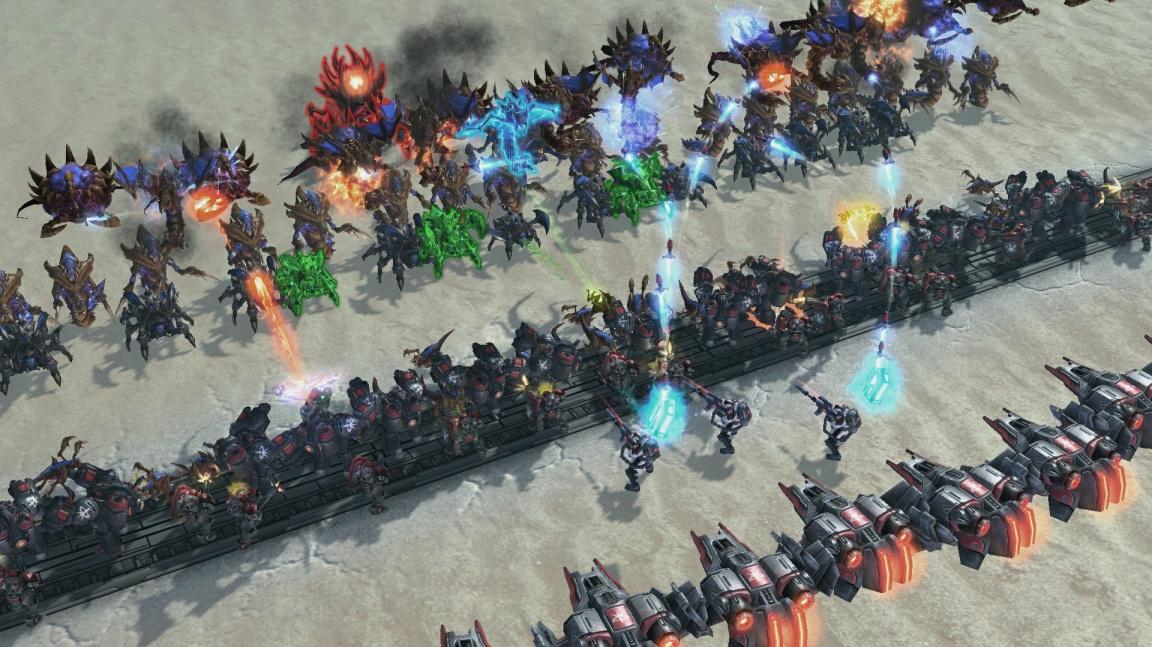 """Po devíti letech od oznámení se do """"placených modů"""" pouští i Blizzard"""