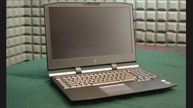 Recenze HP Omen X 17. Herní notebook s možností přetaktování