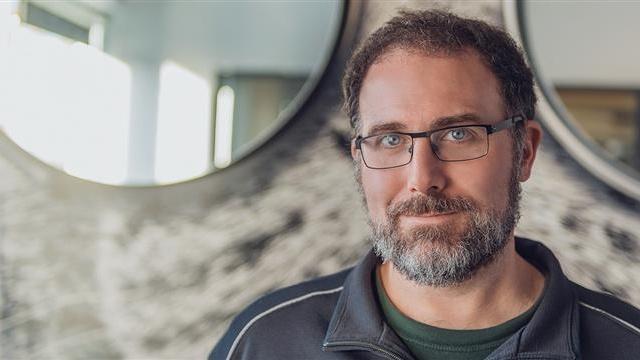 Veterán z BioWare Mike Laidlaw spoluzakládá studio Yellow Brick Games