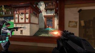 Hráči review-bombují Valorant kvůli čínskému spyware