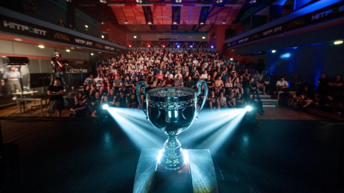 Právě začalo finále národní Hitpoint Masters ligy v League of Legends!