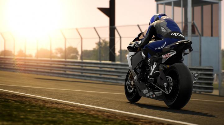Motocyklová série RIDE letos pokračuje již čtvrtým dílem