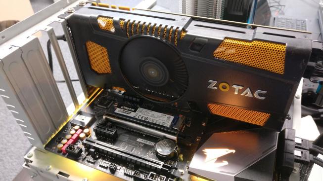 Starý Zotac GTX 570 1 GB v akci