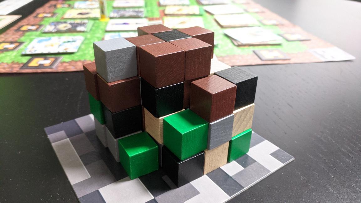 Deskovka Minecraft: Builders & Biomes – hra, která zná svou cílovku