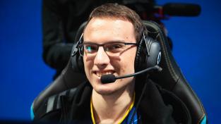 Perkz se po smrti otce vrací do sestavy G2 Esports
