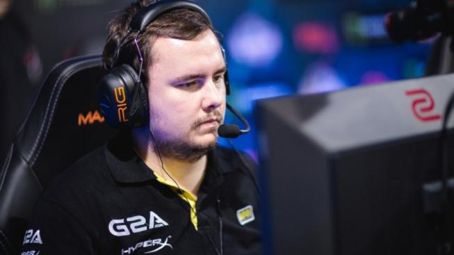 Slovenský hráč GuardiaN nedávno ohlásil velký návrat, nyní ale opět ztrácí angažmá