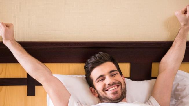 Streamer trpící chronickou nespavostí vysílal 103 hodin v kuse. Chce ale víc