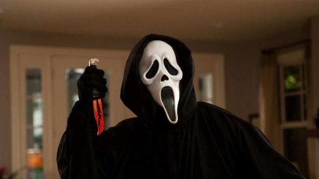 Halloween ve Warzone má letos být ve znamení Vřískotu a Donnieho Darka