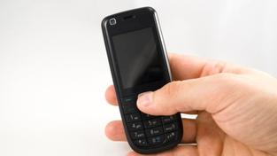 Jak ušetřit za volání z mobilu? Foto: SXC
