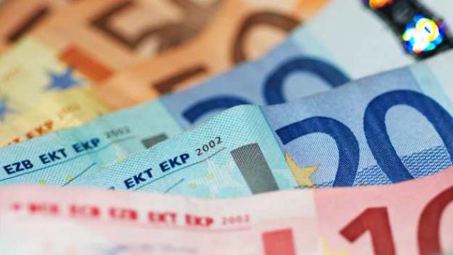 Koruna mírně posílila na 25,68 CZK/EUR, foto: SXC