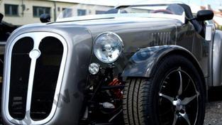 Kromě baterií a pneumatik jsou téměř všechny ostatní díly elektromobilu EHR 10 českého původu, Foto: ehotrod.cz