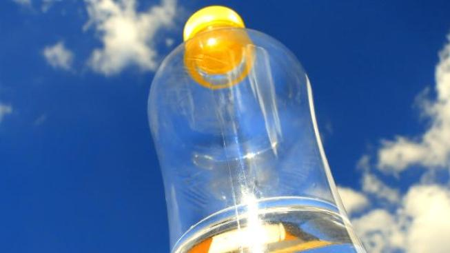 nápadem na zálohování PET lahví a plechovek přišel bývalý ministr životního prostředí Martin Bursík (SZ), Foto:SXC