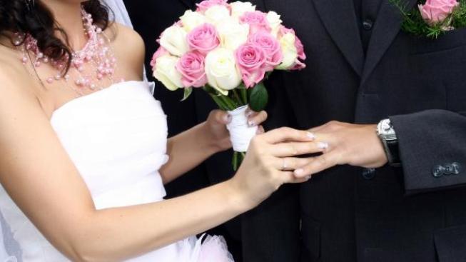Češi si už na svatby nepůjčují, radši šetří i více než rok, Foto: NašePeníze.cz