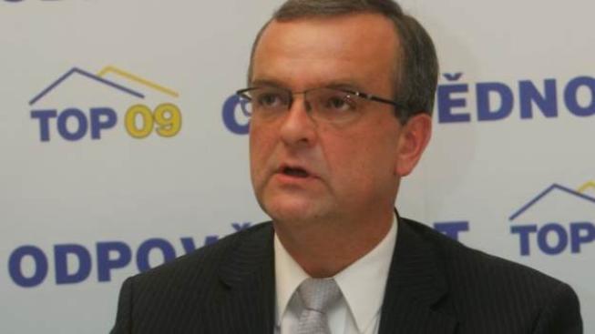 Kalousek také nesouhlasí s tím, že vláda snižuje platy, ale objem platových prostředků, Foto: TOP09