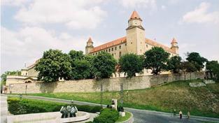 Průměrná mzda na Slovensku po přepočtu dosahuje 18 716 korun, Foto: SXC