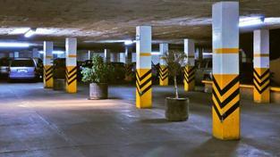 S parkováním aut na CNG musí souhlasit majitelé samotných garáží, které musí splňovat vyhláškou dané technické normy, Foto:SXC