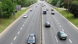 Podobným tempem jako v ČR vzrostly ceny pohonných hmot také na sousedním Slovensku, Foto:SXC