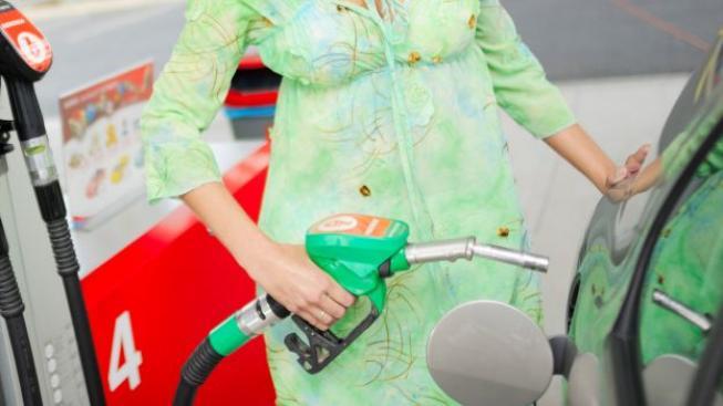 Nejlevnější benzin je stejně jako před týdnem k dostání v Jihočeském kraji, Ilustrační foto: Benzina