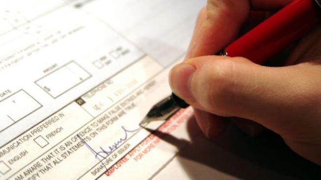 Lidé, kteří nějakou dobu ve svém životě pracovali v zahraničí, pak musí doložit také tuto skutečnost, Foto: SXC