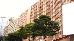 Drtivá většina panelových i nepanelových bytových domů trpí důsledky nedostatečné stavební péče z minulých desetiletí, Foto:SXC