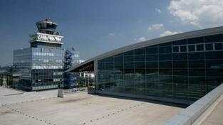 Letiště Praha v příštím roce zahájí generální rekonstrukci hlavní vzletové a přistávací dráhy, která je na hranici své životnosti., Foto:Letiště Praha