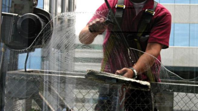 Školníci a kuchařky nebudou jediní, koho se opatření ministerstva dotknou, Foto: