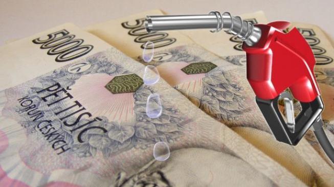 Ceny nejprodávanějších druhů pohonných hmot klesaly také na sousedním Slovensku, Foto/grafika:NašePeníze.cz/SXC